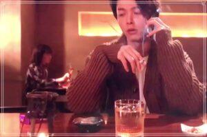 アメスピ紫を吸う中村倫也