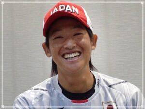 笑顔の上野選手